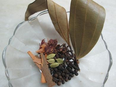 vegpulao-spices.jpg