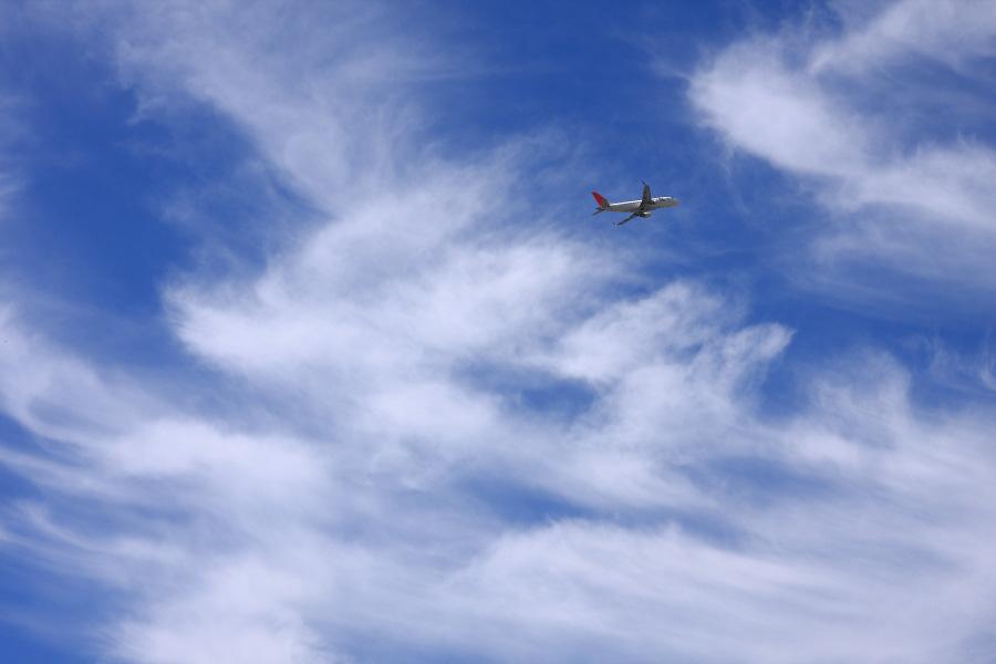 J-AIR ERJ-170 / JAL2183 (JA214J)@下河原緑地展望デッキ
