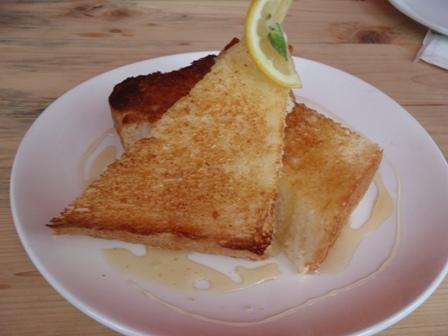 6・9ハーブクラブ蜂蜜トーストblog