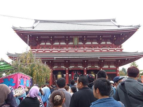 11 浅草寺