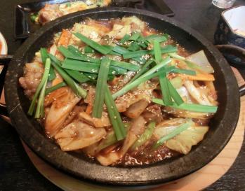 牛丸腸野菜炒め