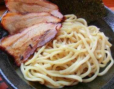 麺とチャーシュー
