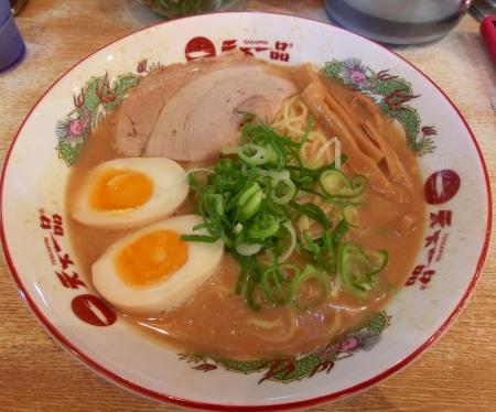 味付煮玉子ラーメン(大) 普通麺880円