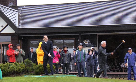 20130503町民パークゴルフ場が今年度の営業を開始