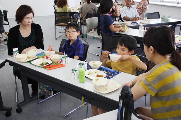 20130702小学2年生の保護者がイベント炊飯を実施