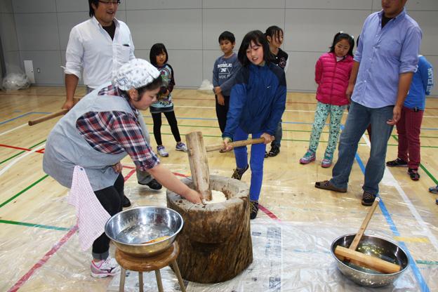 20131031農協青年部が小学校で食育活動