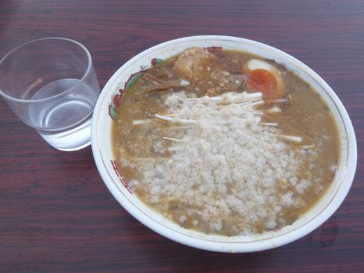 らーめんゴルジこってり背脂らー麺秘境めし033