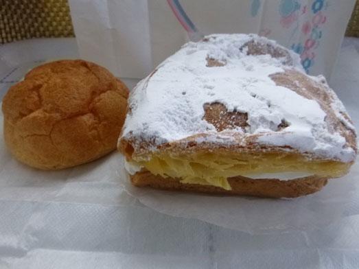 坂戸ケーキ屋ほんだ洋菓子店の四角いシュークリーム017