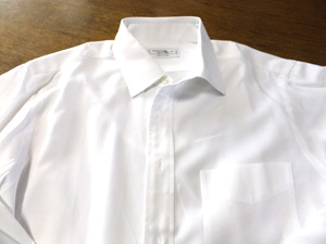 ワイシャツ前1