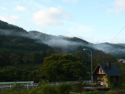小屋と雲海