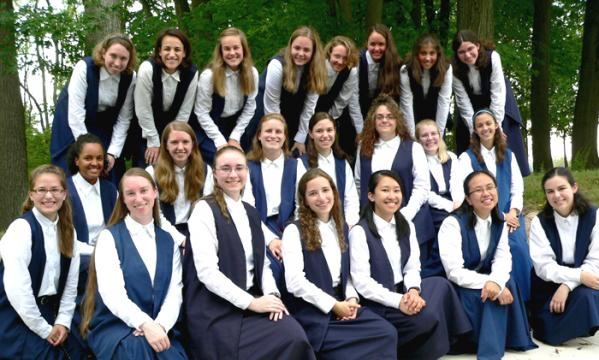 sisters-of-mary-aspirants-2010.jpg
