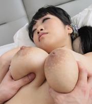 ロリロリ巨乳!佐藤愛 Hカップ95cmのおっぱい♪