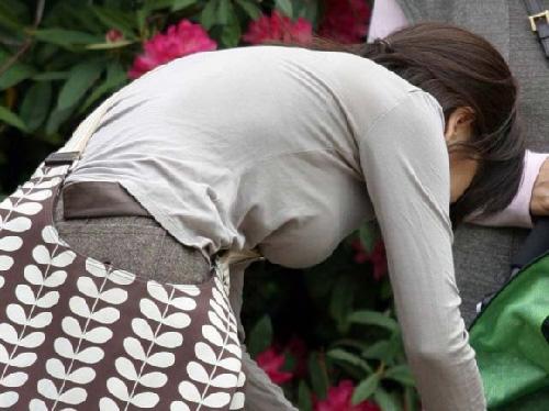 乳の暴力こと着衣おっぱいのエロ画像 part6