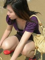 いつも以上に期待できる夏の胸チラ素人娘[画像]