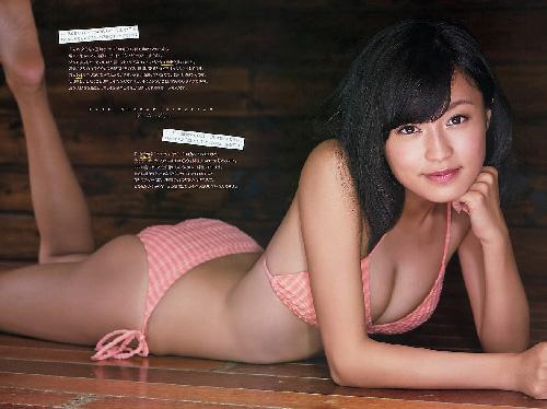 小島瑠璃子(19)テレビでも大活躍中の黒髪美少女の最新グラビア!画像×26