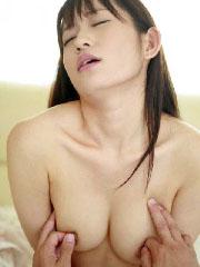 押したくなる衝動が抑えられない乳首ボタン画像w
