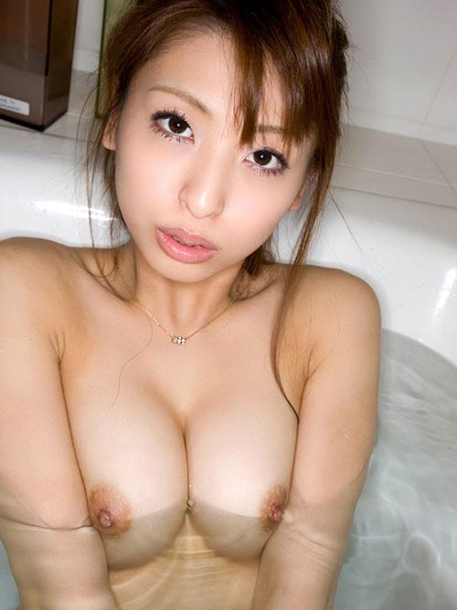 お風呂で温まっておっぱいで癒し
