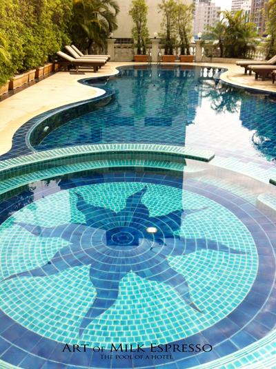 pool_of_a_hotel.jpg