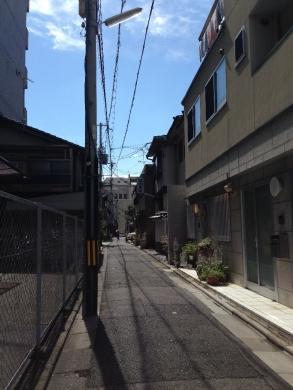 KarasumaOikeMori1_000.jpg