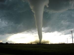 300px-F5_tornado_Elie_Manitoba_2007.jpg