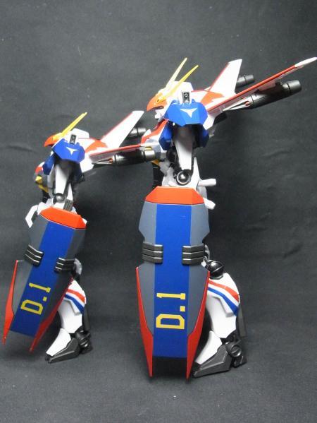 ROBOT魂+D-1カスタム側面比較