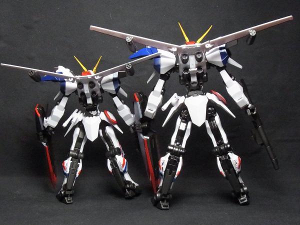 ROBOT魂+D-1カスタム背面比較