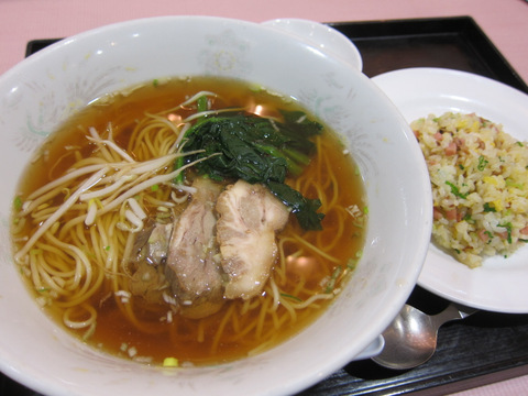 廣徳樓(チャーシュー麺)