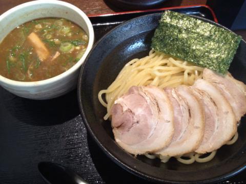 与七 つけ麺