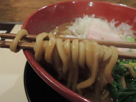 極拳坊主オリジナルらーめんの麺