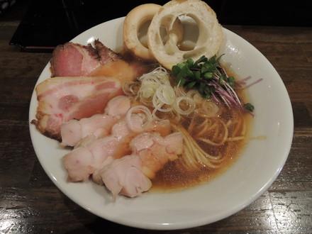 中華そば(800円)