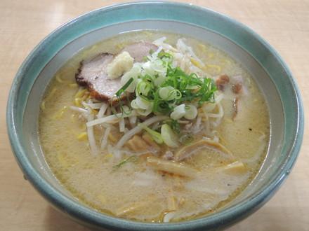 味噌らーめん(700円)