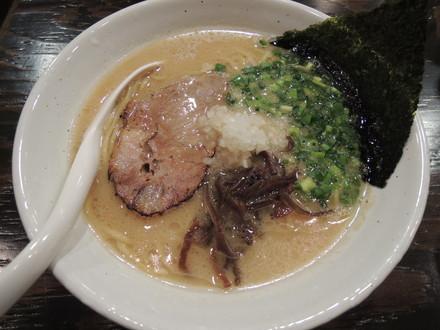 豚ソバ醤油(730円)