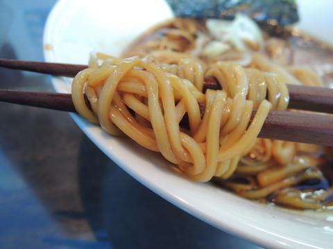 秋刀魚そばの麺