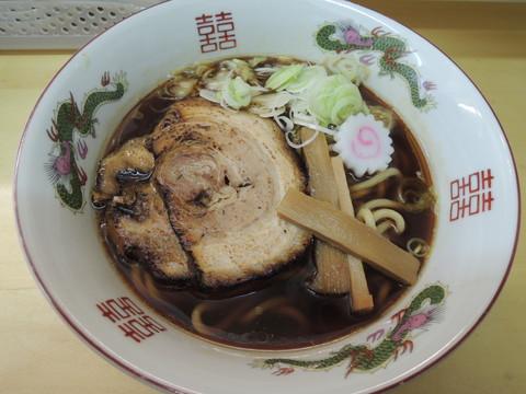 ラーメン(680円)