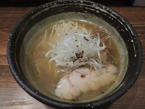 塩らーめん(氣鶏)(700円)