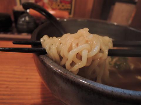 カレーラーメンの麺