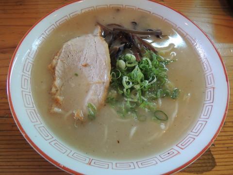 豚骨十割(550円)