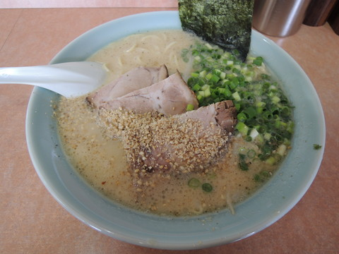 ラーメン(600円)