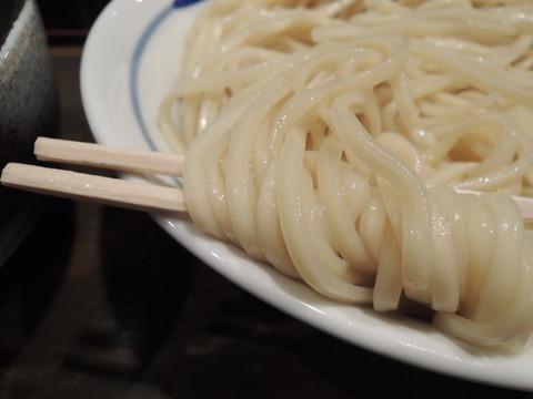 夜ノつけめん大盛の麺