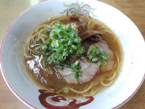 中華そば(500円)