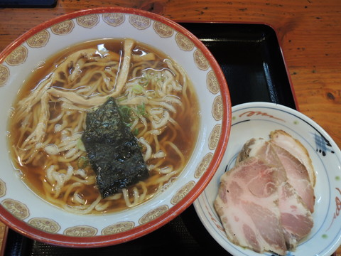 Wチャーシュー(炭2・真2入)(醤油味)(1050円)