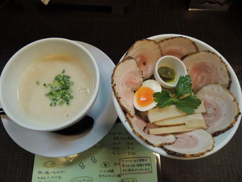豚CHIKIつけ麺(1玉)+チャーシュー(1000円)