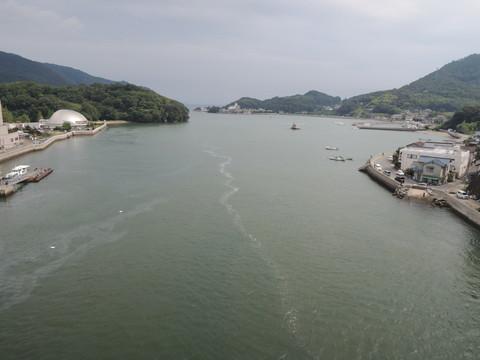 神島大橋からの眺め(瀬戸内海方面)