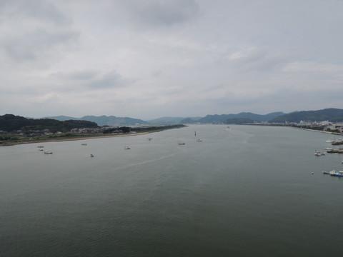 神島大橋からの眺め(笠岡市街地方面)