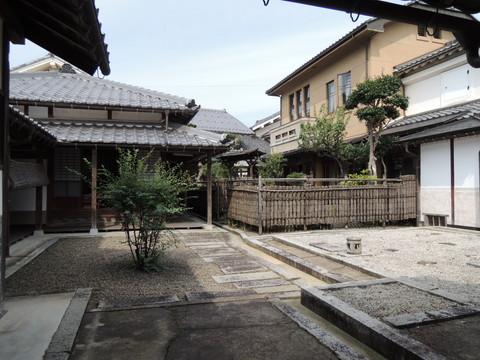 旧尾藤家住宅(中庭)