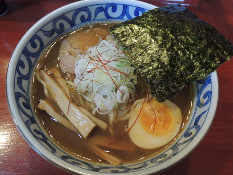 ラーメン(700円)