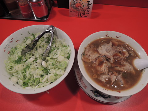 中華そば(並)(680円)+別丼のネギ