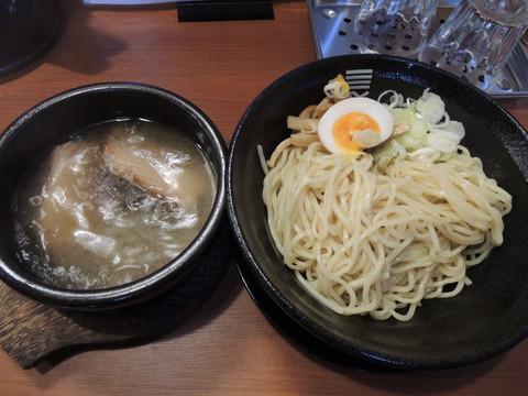 濃昆つけ麺(850円)