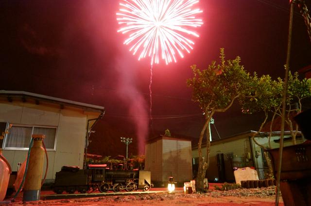 C56 129 ミニSL ライブスチームと打ちあがり炸裂した花火