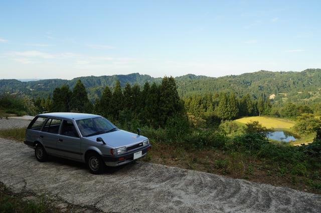 マツダファミリアバンと八箇の山奥